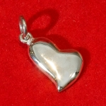 Off-centre heart charm