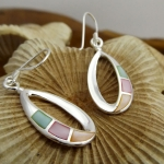 Oval Earring with Mother of Pearl Detail
