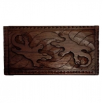 Rectangular wooden box with gecko