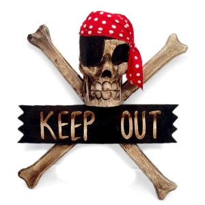 Crossbone 'Keep Out' Wallhanging