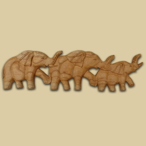 3 Elephant wallhanging (light wood)